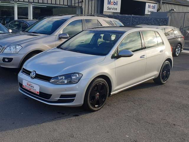 Volkswagen Golf 1.6 CR TDi **TOIT OUVRANT**JANTES**