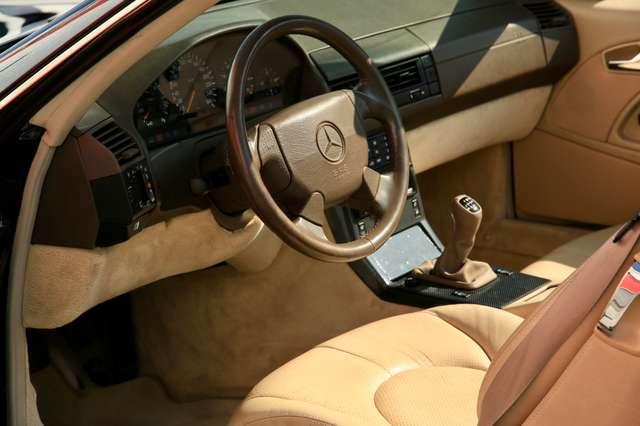 Mercedes SL 280  Premier propriétaire avec historique complet