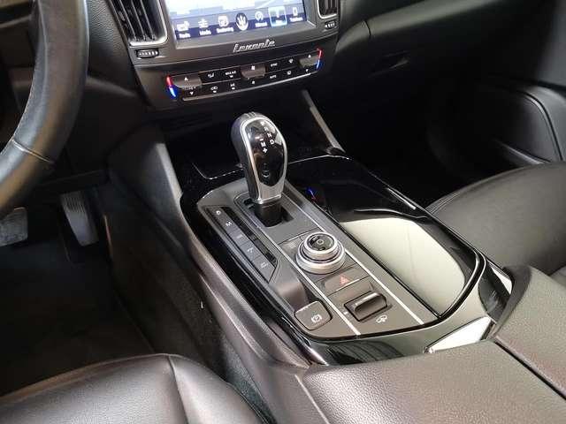 Maserati Levante 3.0D V6 Autom. - Euro 6 - GPS - Nieuwstaat!