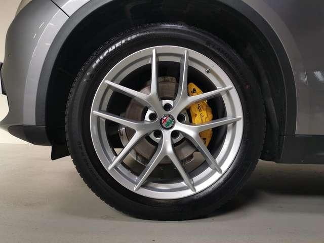 Alfa Romeo Stelvio 2.0t Benzine Autom. AWD - GPS - Nieuwstaat! 1Ste E