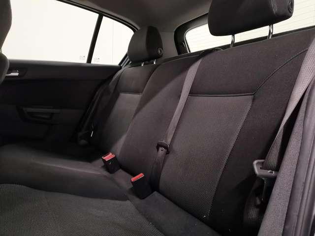 Opel Astra 1.7 CDTi Enjoy - Airco - Radio-CD- Vliegwiel!