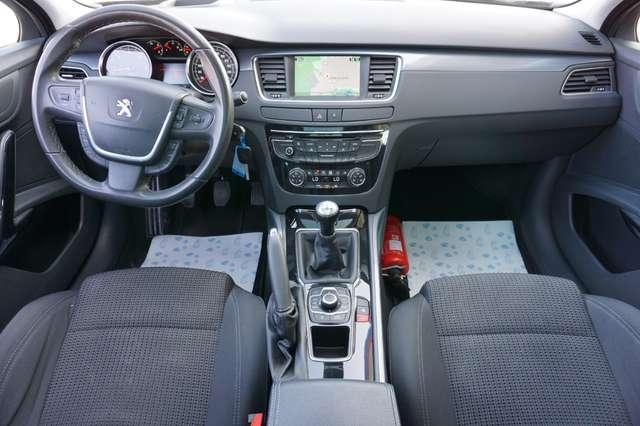 Peugeot 508 1.6 e-HDi /Navi/Airco/Pano/PDC/2013/**Garantie**