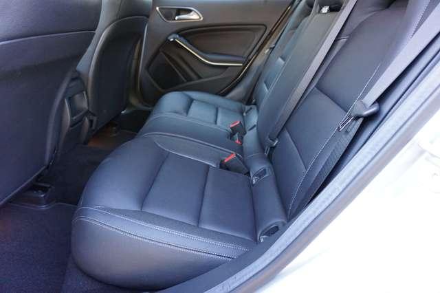 Mercedes GLA 180 Automaat/Benzine/Airco/Navi/PDC/30dkm/*Garantie*