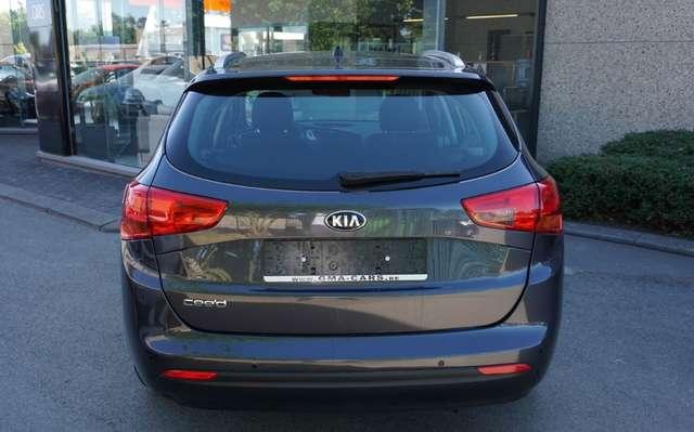 Kia Ceed SW / cee'd SW 1 .4i  Benzine /Airco/76Dkm/*** Garantie ***