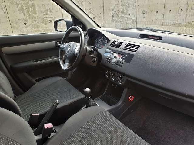 Suzuki Swift 1.3i GLX SPORT