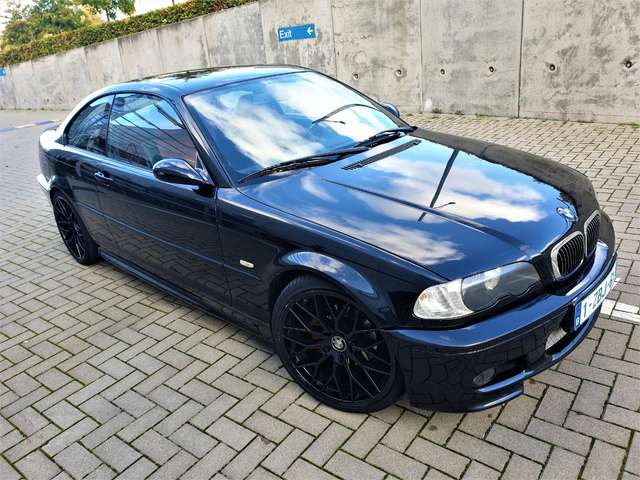 BMW 318 3 COUPE  PACK M