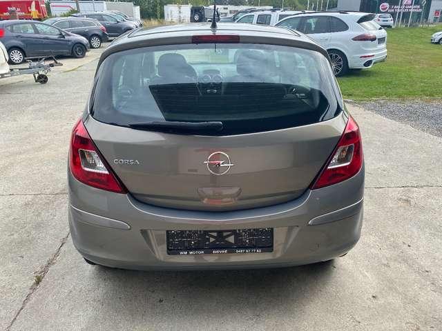 Opel Corsa 19000KM // Régulateur de vitesse// Clim