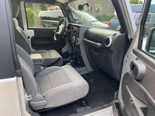 Jeep Wrangler Sahara // Utilitaire