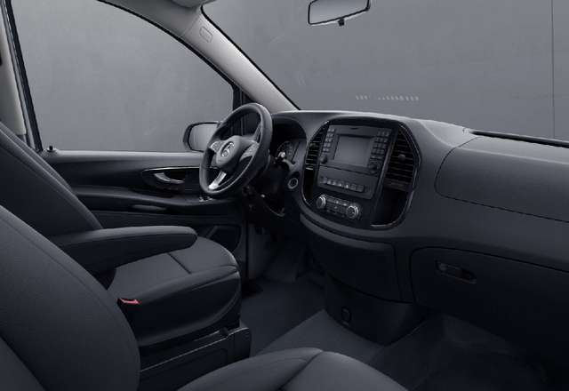 Mercedes Vito Tourer Pro 8PL 114d A2 34.980€htva