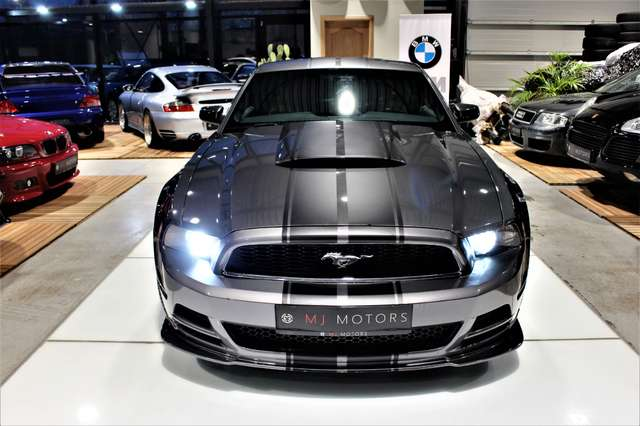 Ford Mustang 3.7 GT