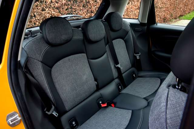 MINI Cooper 1.5 BOITE AUTO / TOIT PANO / GPS XL / LED / PDC