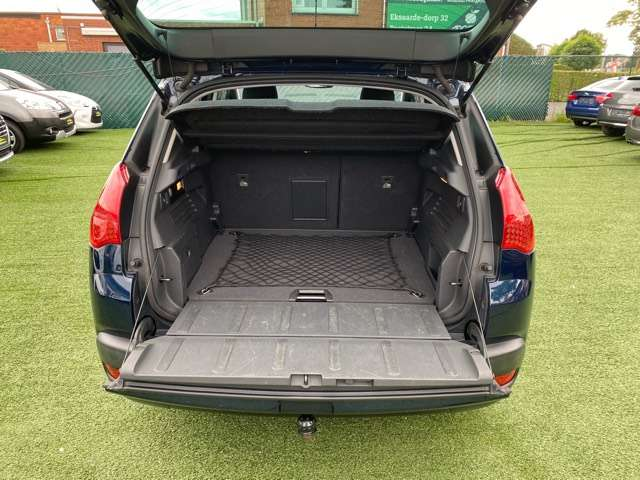 Peugeot 3008 1.6 HDi Confort Pack°143830KM°EURO 5