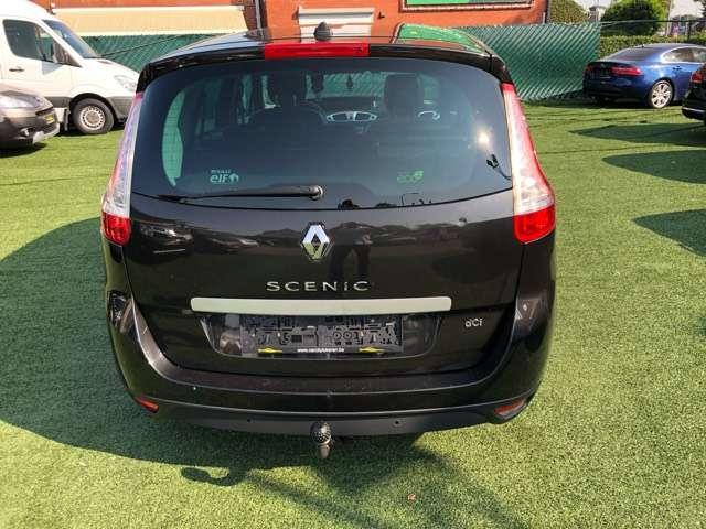Renault Grand Scenic 1.9 dCi Privilège 5pl.°LEDER°GPS°EURO5