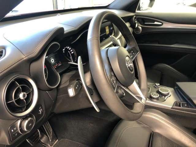 Alfa Romeo Stelvio Q4 B-Tech