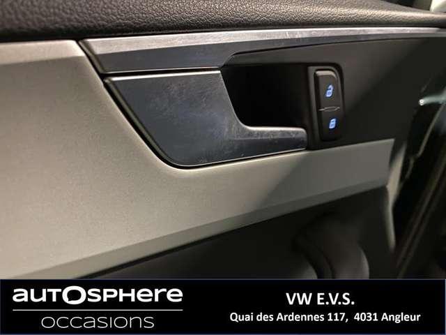 Audi A4 Base