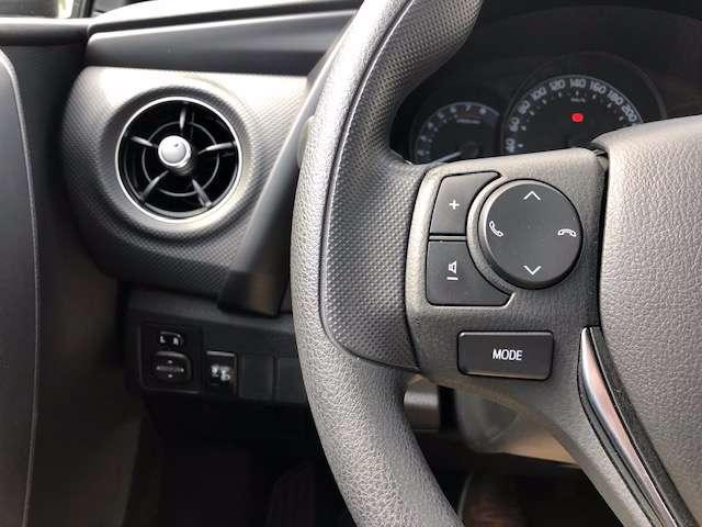 Toyota Auris 1.3i * AC * Radio + CD * MF STUUR * 5 DEURS *