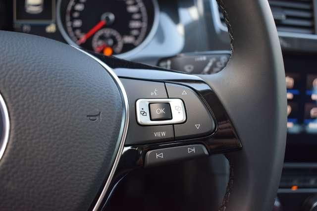 Volkswagen Golf 1.6 SCR TDi Comfortline