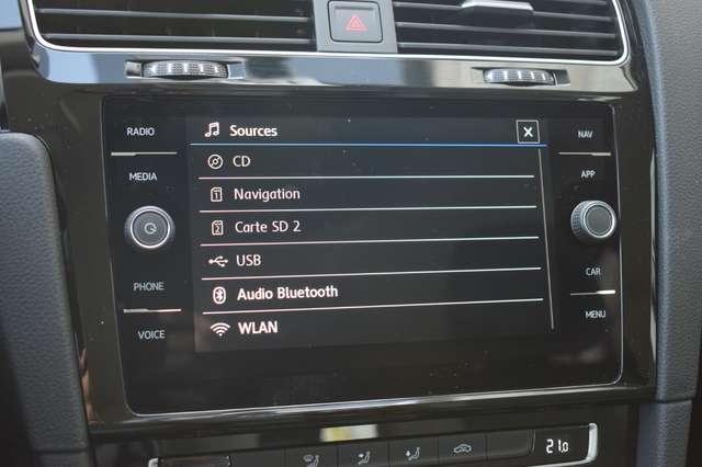 Volkswagen Golf 1.6 SCR TDi Highline (EU6.2)