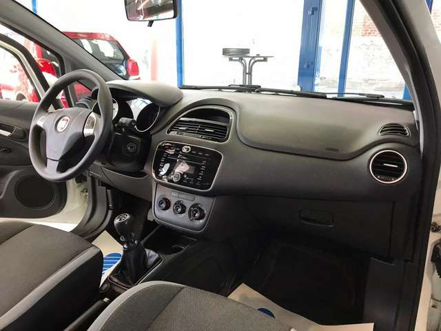 Fiat Punto Evo 1.2i Dynamic Stop