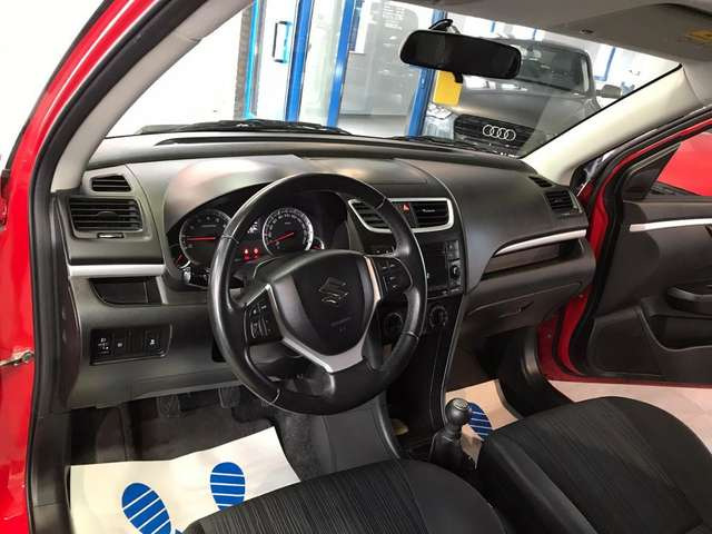 Suzuki Swift 1.2i GL LED prête a immatriculée !!!!
