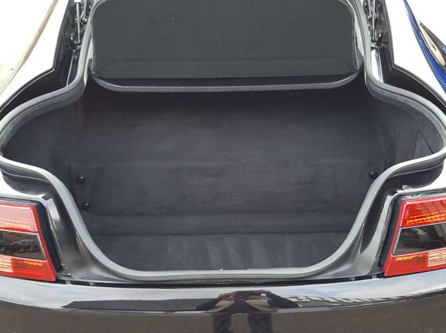 Aston Martin V8 VANTAGE 4.3i / MANUAL GEARBOX / GARANTIE