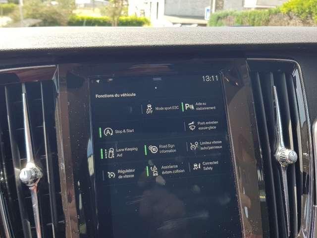 Volvo V90 2.0 D4 Momentum (EU6d-T) / CUIR / AUTOMATIQUE/ LED