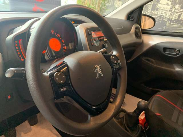 Peugeot 108 1.0 * USB*KIT MAIN LIBRE * 5.600 KM ! * GARANTIE *