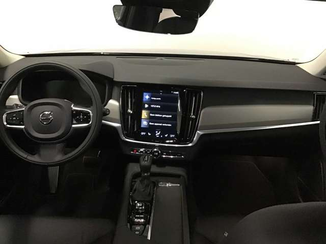 Volvo V90 Momentum Pro D3 GT