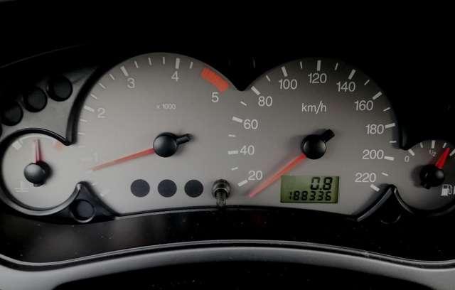 Ford Focus 1.8 Turbo DCi 100 SPORT AIRCO JA RCD ATT REM
