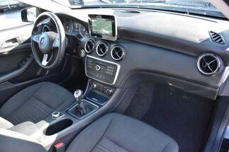 Mercedes A 180 D / AIRCO / NAVIGATIE / KEYLESS START / ALU VELGEN