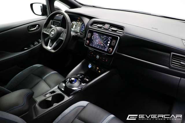 Nissan LEAF NEW 62 kWh Tekna ***FULL OPTIONS***