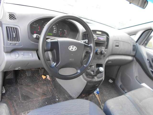 Hyundai H-1 2.5 CRDi