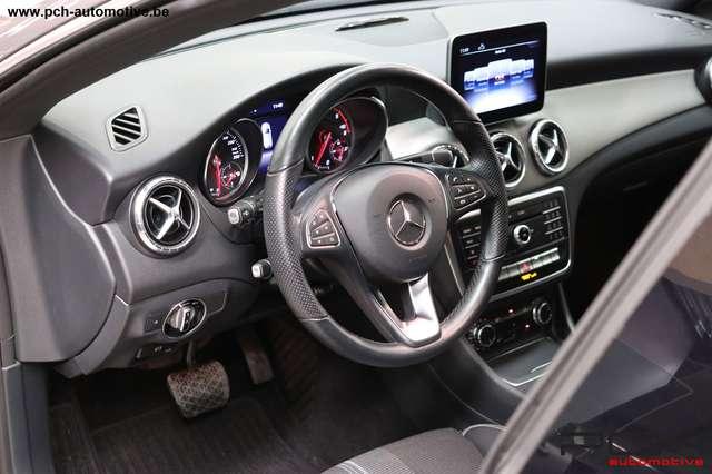 Mercedes CLA 200 d 136cv Shooting Brake Urban 7G-DCT Auto. 12/15