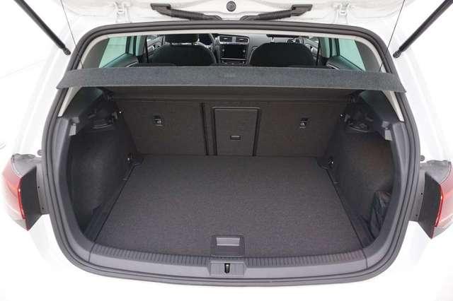 Volkswagen Golf 1.5 TSi 150 R-Line + GPS + Virtual + LED Lights + 7/15