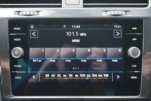 Volkswagen Golf 1.5 TSi 150 R-Line + GPS + Virtual + LED Lights + 13/15