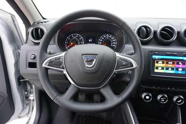 Dacia Duster 1.3 TCe 131 Prestige + GPS Evolution +Keyless + 36 9/15