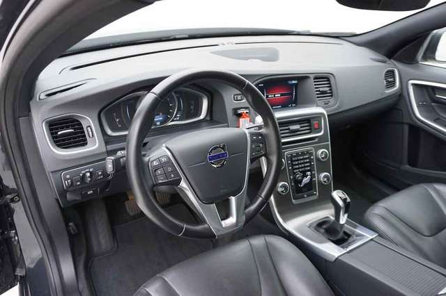Volvo S60 2.0 D2 120 Summum + GPS + Leder/Cuir + Xenon 8/15