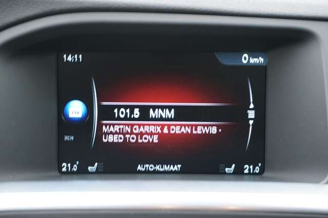 Volvo S60 2.0 D2 120 Summum + GPS + Leder/Cuir + Xenon 12/15