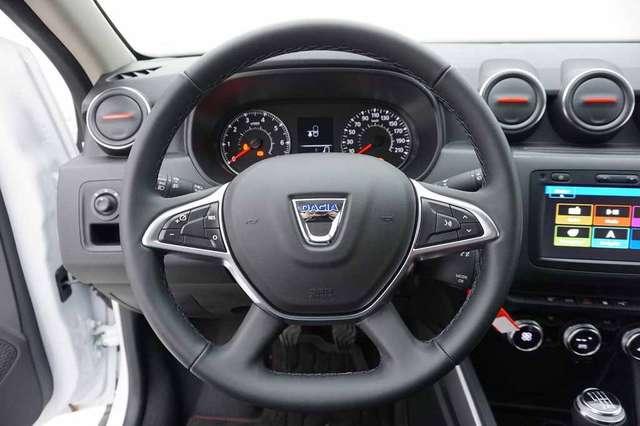Dacia Duster 1.3 TCe 130 Techroad + GPS Media7 + Alu 17 9/15