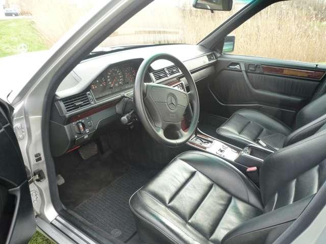 Mercedes 500 E - ZWART LEDER - AIRCO - SCHUIFDAK - OLDTIMER 5/12