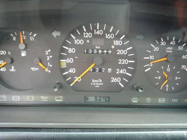 Mercedes 500 E - ZWART LEDER - AIRCO - SCHUIFDAK - OLDTIMER 8/12