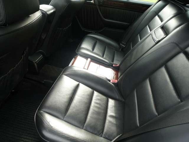 Mercedes 500 E - ZWART LEDER - AIRCO - SCHUIFDAK - OLDTIMER 12/12