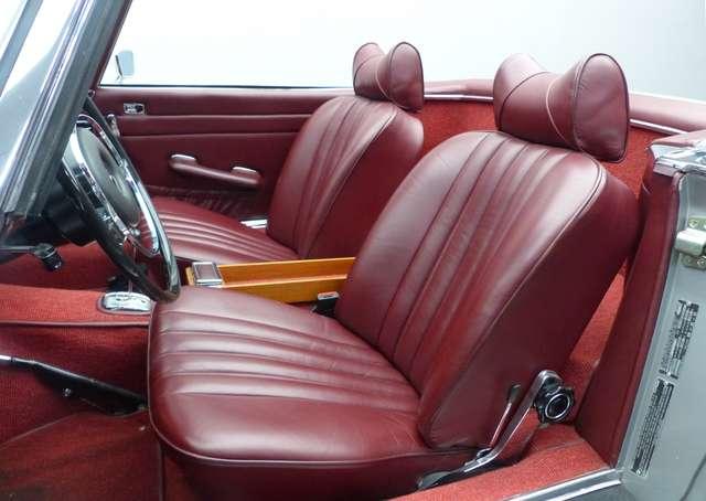 Mercedes SL R113 * Pagode * Matching N° * Becker 7/15