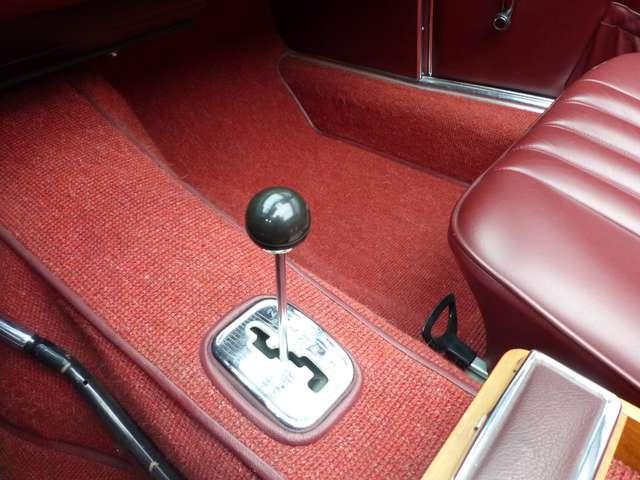 Mercedes SL R113 * Pagode * Matching N° * Becker 12/15