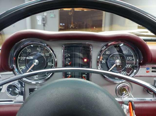 Mercedes SL R113 * Pagode * Matching N° * Becker 13/15