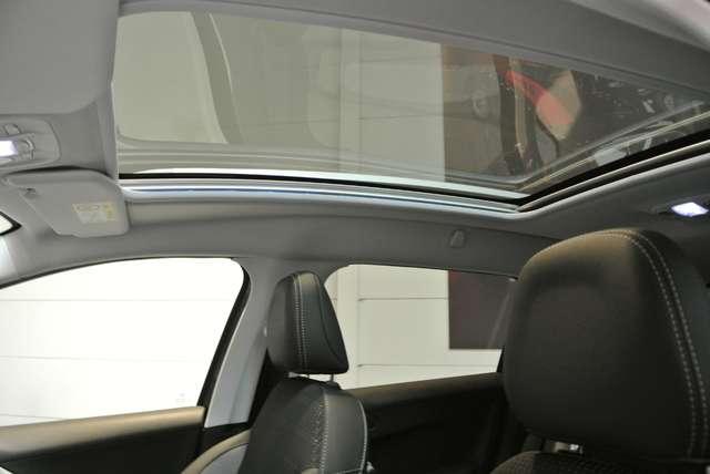 Peugeot 2008 1.2i PureTech Allure 11/15
