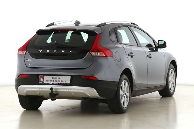 Volvo V40 Cross Country Base 2.0D2 + GPS + AIRCO + CRUISE + PDC + ALU 16 + 3/15