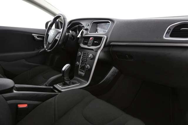 Volvo V40 Cross Country Base 2.0D2 + GPS + AIRCO + CRUISE + PDC + ALU 16 + 6/15