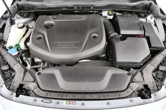 Volvo V40 Cross Country Base 2.0D2 + GPS + AIRCO + CRUISE + PDC + ALU 16 + 9/15
