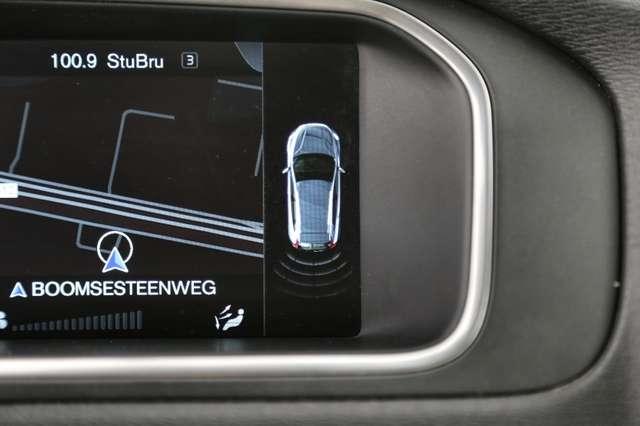 Volvo V40 Cross Country Base 2.0D2 + GPS + AIRCO + CRUISE + PDC + ALU 16 + 14/15